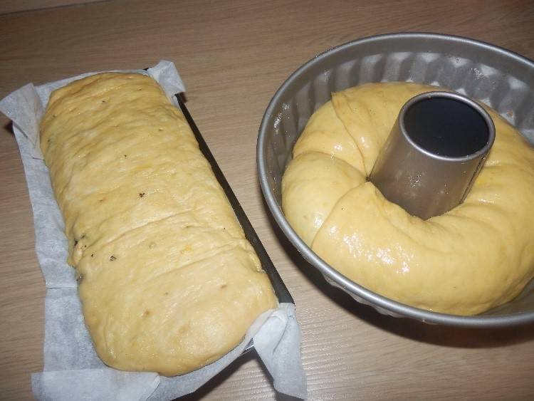 obe potici v pekacu